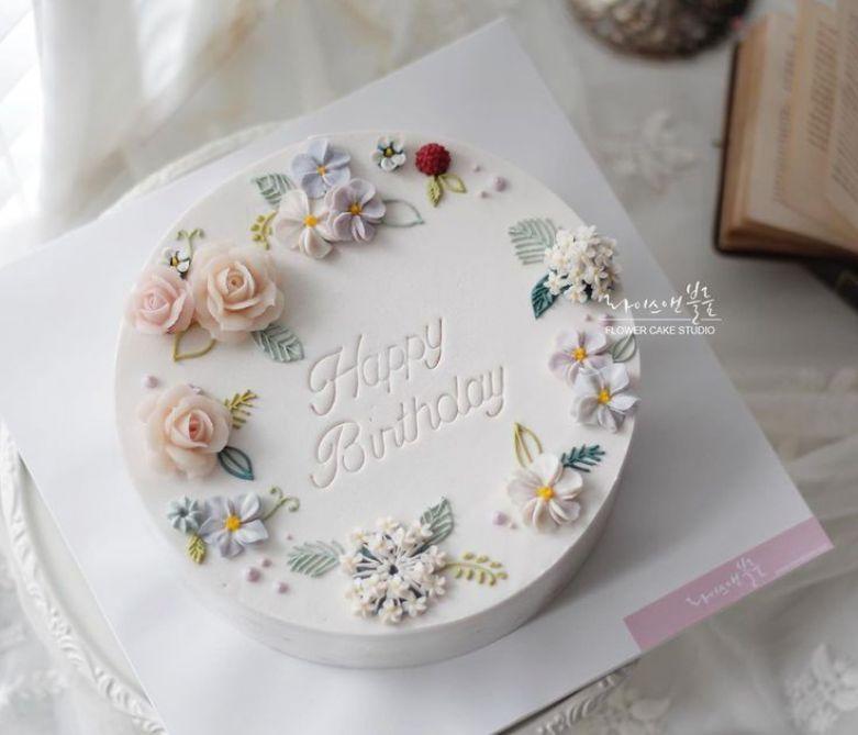 HAPPY BIRTHDAY anh Đào Hoàng Sang (Nhân viên Phòng Sản Xuất và Kho Vận)